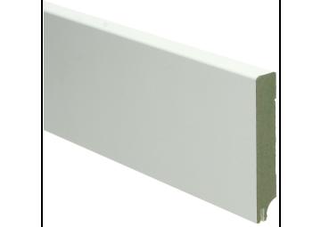 MDF Moderne plint 90x15 wit gelakt met uitsparing. RAL 9010