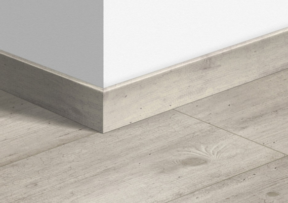 Quick-Step plinten Lichtgrijs beton